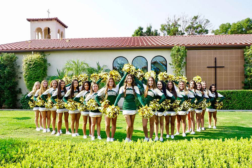 Varsity Team  (L to Right) Ryen Nikkel, Laura English, Isabella Edwards, Jasmin Romero, Abi Lee, Teresa Grant, Lizbeth Sandoval, Sophie Bouldoukian**, Eleni Zaninovich*, Olivia Holland**, Jennifer Mata, Alexisa Drulias, Isabella Echeverria, Sophia Zaninovich, Abby McMurtrey, Elle Pasternik, Mia Larroque  *2018-2019 Junior Varsity Captain ** 2018-2019 Junior Varsity Co-Captain